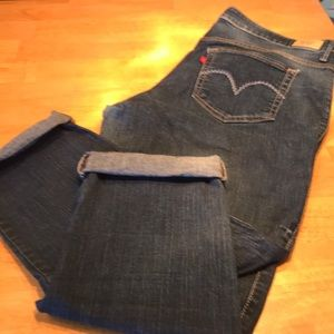 Levi's Perfectly Shaping Jeans Size 18w
